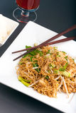 kurczaka dłoniaka kluski fertanie tajlandzki Fotografia Royalty Free