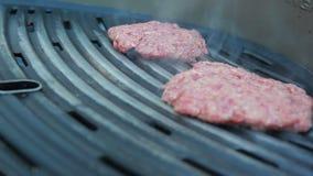 Kurczaka hamburgeru opieczenie na grillu zbiory