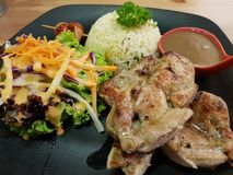 Kurczaka masło z smażącymi ryż Zdjęcia Stock