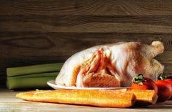 Kurczaka surowy przygotowany dla dalszy przerobu zdjęcie royalty free