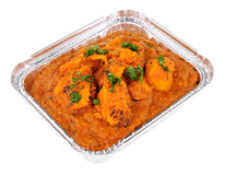 Kurczaka Tikka Masala curry W Foliowym Bierze Oddaloną tacę Zdjęcia Stock