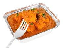 Kurczaka Tikka Masala curry W Foliowym Bierze Oddaloną tacę Obrazy Stock