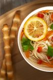 kurczaka warzywo domowej roboty zupny obrazy royalty free