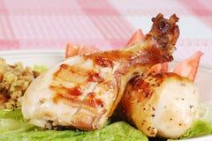 kurczaka zbliżenia drumsticks piec na grillu zdjęcia stock