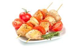 Kurczaków kawałki piec na grillu na skewers Obrazy Royalty Free