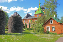 Kuremae Dormition女修道院,爱沙尼亚 免版税库存照片