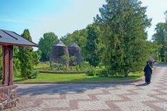 Kuremae Estónia Convento de Puhtitsa Dormition fotos de stock royalty free
