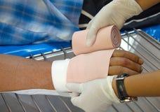Kurenda zwrotów bandaż obraz stock