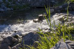 Kurgazak, Salavat-Region, Bashkortostan, Russland Yangangtau Mineralfrühling strom Badekurort Heilwasser rücksortierung Wasserfäl Stockfotografie