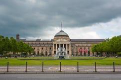 Kurhaus和剧院在威斯巴登,德国 免版税库存图片