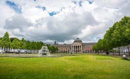 Kurhaus和剧院在威斯巴登,德国 免版税库存照片