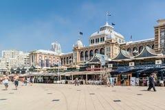 Kurhaus och promenad av Scheveningen, Haag, Nederländerna Royaltyfri Foto