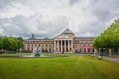 Kurhaus och teater i Wiesbaden, Tyskland Royaltyfria Foton