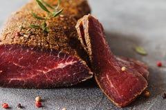 Kuriertes Rindfleisch Stockfotografie
