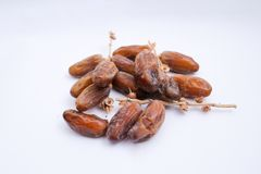 Kurma или плоды дат изолированные на белой предпосылке для Ramadhan стоковое изображение rf