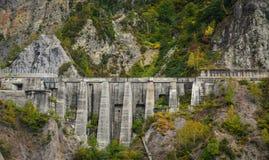 Kurobe水坝在富山县,日本 免版税库存图片