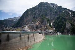 Kurobe水坝看法  富山县,日本 免版税库存照片