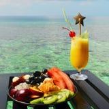 kurort słuzyć stołowy tropikalny Fotografia Stock