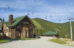 kurortu narciarstwa lato czas obraz stock