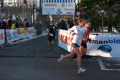kurs de escalada löpare Fotografering för Bildbyråer