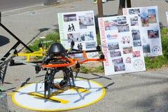 Kurs der erster Hilfe, Drohne für die Rettung Stockbilder