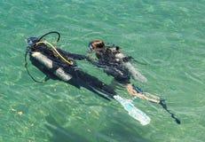 Kurs för utbildning för dykapparatdykning Royaltyfria Foton