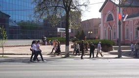 Kursk Rosja, Maj, - 1, 2017: wystawa dedykująca światowy wakacje praca i wiosna zdjęcie wideo