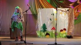 Kursk Rosja, Marzec, - 24, 2017: pałac pioniery mowa nauczyciele i mowa terapeuta dziecinowie, zdjęcie wideo