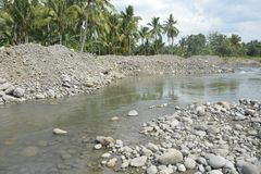 Kursowy piasek przy Mal riverbed, Matanao, Davao Del Sura, Filipiny obrazy stock