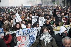 Kursteilnehmerdemonstration in Mailand 14. Dezember 2010 Lizenzfreie Stockfotos