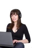Kursteilnehmermädchen mit Laptop Stockfotografie