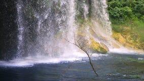 Kursunlu vattenfall i Antalya Turkiet stock video