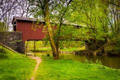 Kurtz młyn Zakrywający most w Lancaster okręgu administracyjnego central park, Pe zdjęcie royalty free