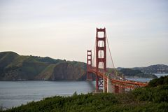 Kurva av den Golden gate bridge sikten till Marin County Fotografering för Bildbyråer