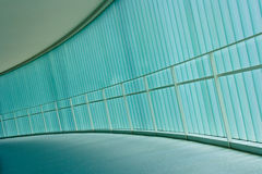 Kurven des Korridors Lizenzfreie Stockfotos