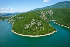 Kurven von Vrbas-Fluss im Sommer Lizenzfreies Stockbild