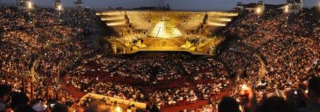 Kurz vor Show an der Arena von Verona Lizenzfreies Stockfoto