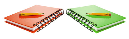 Kurze Bleistifte auf Anmerkungs-Büchern Stockbild