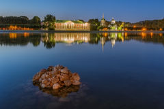 Kuskovo公园在日落的莫斯科 库存图片