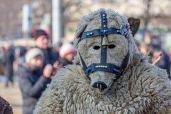 Kuslig läskig maskerad man Fotografering för Bildbyråer