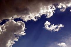 kuslig sky arkivbilder