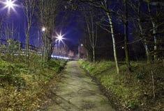 Kuslig stads- vandringsled fotografering för bildbyråer