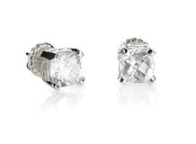 Kussenbesnoeiing Diamond Stud Earrings stock foto's