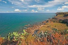 Kust av Adriatiskt havet i Abruzzo, Italien Royaltyfria Bilder
