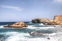 Kust av Antiparos i Grekland Royaltyfria Bilder