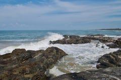 Kust av Indiska oceanen i Sri Lanka Royaltyfri Fotografi