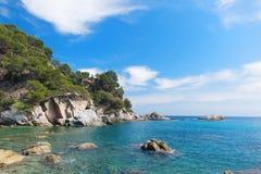 Kust Costa Brava i Spanien fotografering för bildbyråer