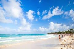 Kust- karibisk seascape Atlantic Ocean kust Royaltyfri Foto