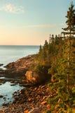 kust- klippa Fotografering för Bildbyråer