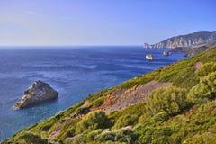 Kust- landskap Sardinia Royaltyfri Fotografi